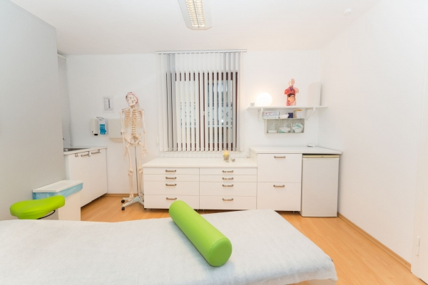 praxis-osteopathie-physiotherapie-augsburg-3942D2B718F1-7994-6D16-E445-A8424A6C7F77.jpg